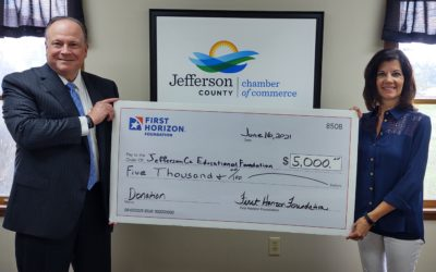 First Horizon Foundation Gives Back to Community in Big Way